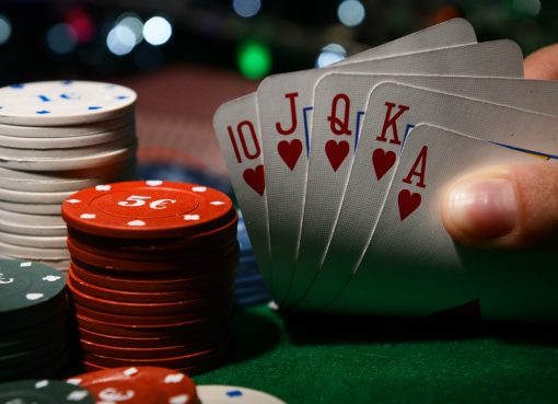 How To Win At Online Poker And Eliminate Risk