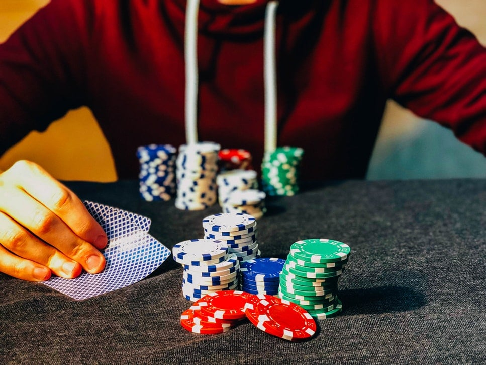 Exactly How To Become A Profitable Poker Player In 2020