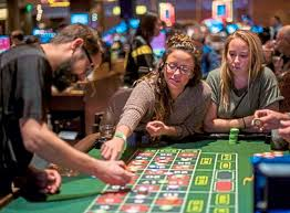 Play Legal Real Cash Casino Poker Online