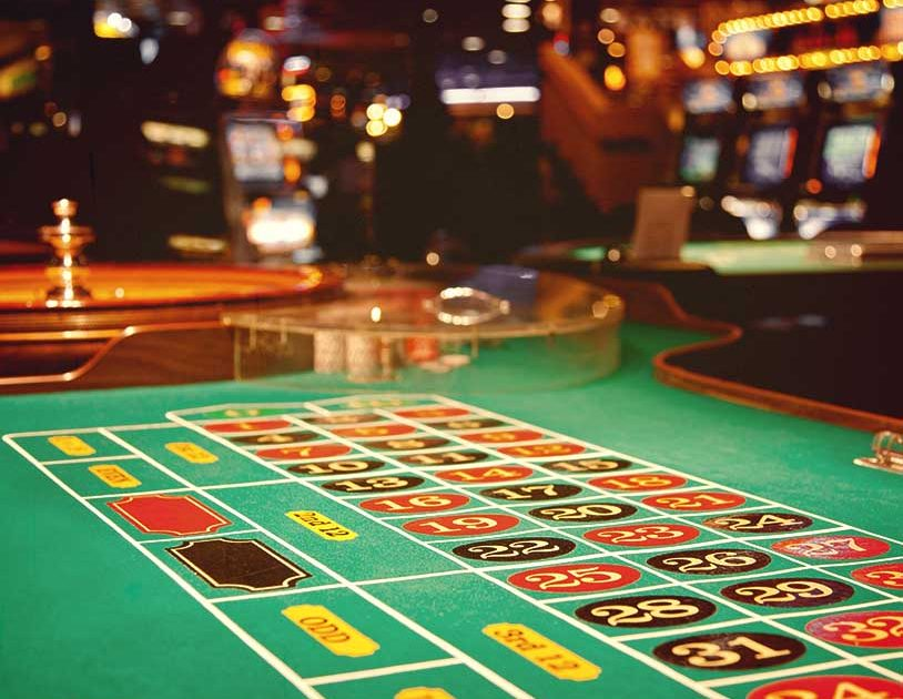 Four Enticing Methods To Improve Your Casino Expertise